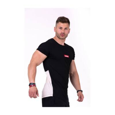 NEBBIA Red Label V-typical trikó 142 (Fekete/Világosbarna)